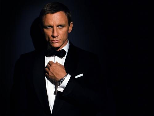 James Bond - агент 007 (45 фото)