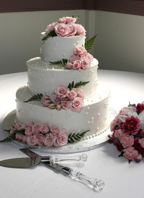 Свадебные торты (68 фото)