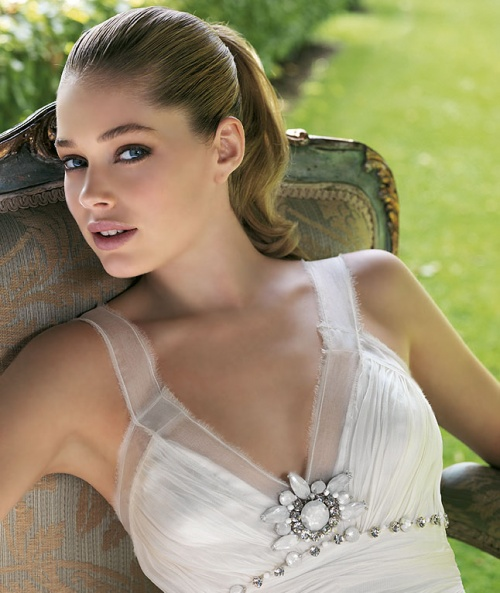 Doutzen Kroes - for Pronovias Magazine (32 фото)