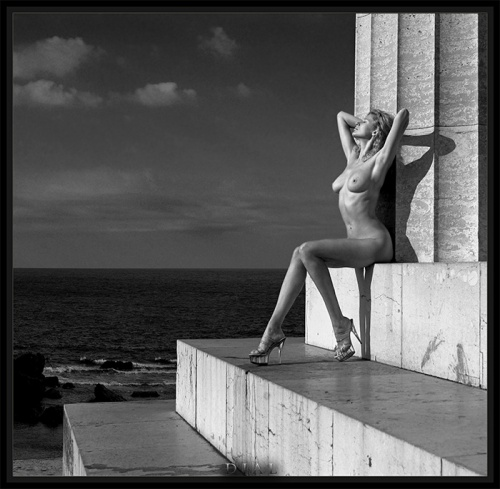 Блондинки от фотографа Alex Dial (41 фото) (эротика)