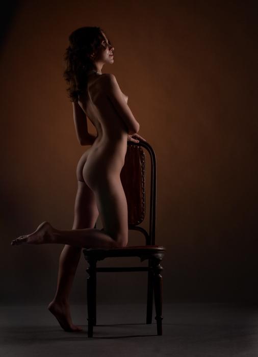 professionalnaya-galereya-fotografiy-zhanra-legkaya-erotika