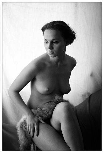 Девушки в фотографиях разных авторов (129 фото) (эротика)