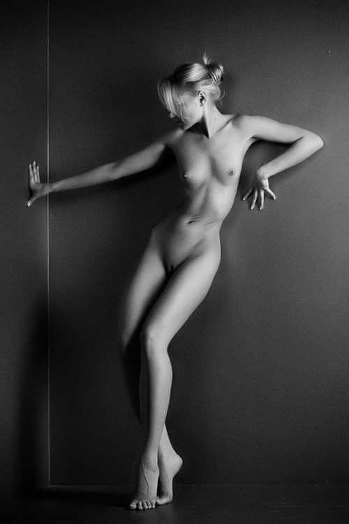 Nude photos 12 (33 фото) (эротика)