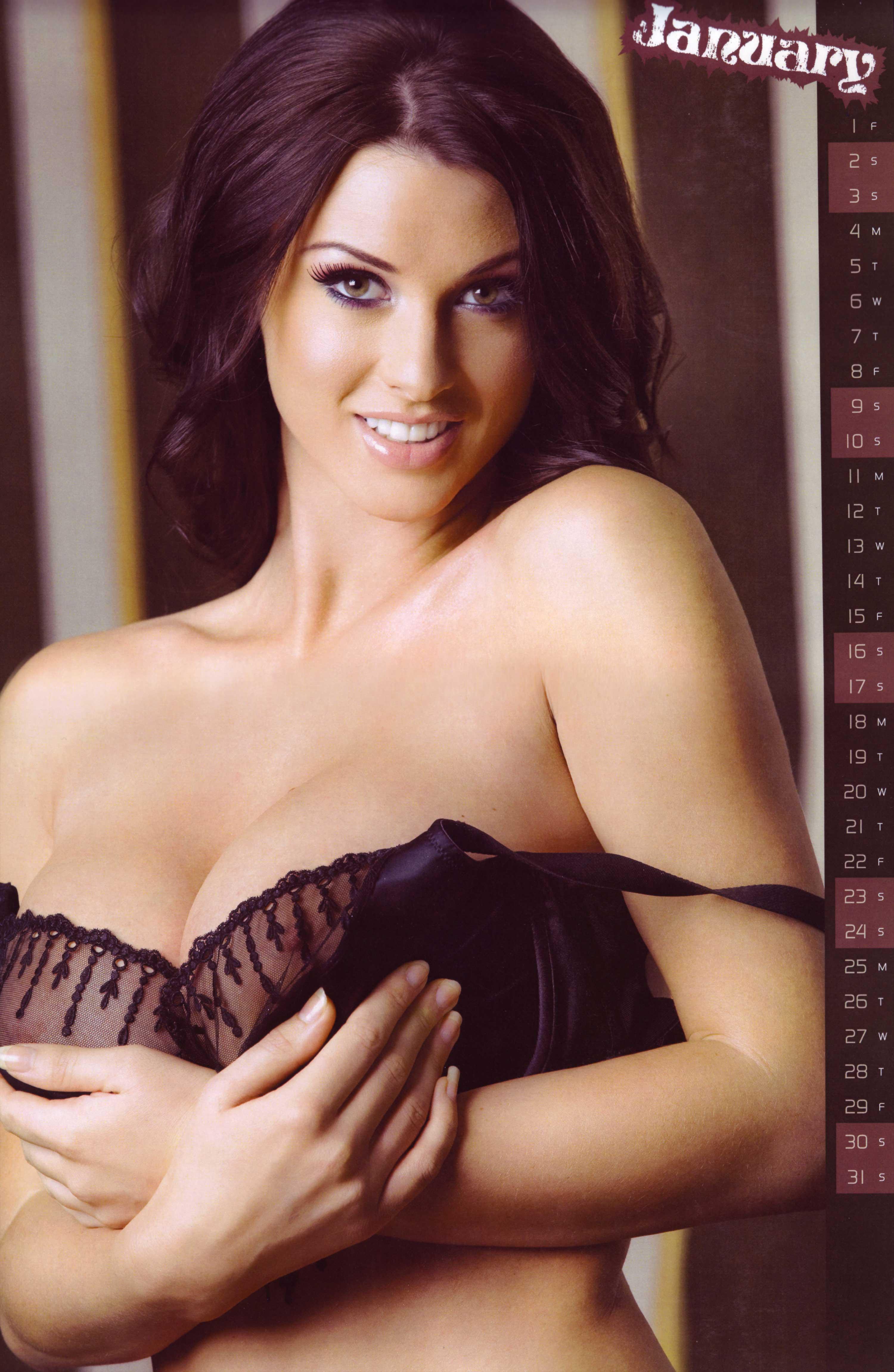 Смотреть онлайн женщины с большой грудью 13 фотография