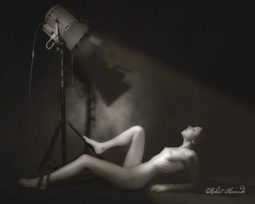 Фотограф Robert Alvarado (285 фото) (эротика)