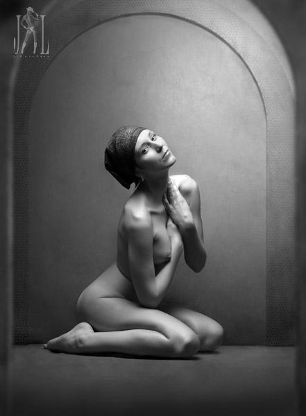 golie-damochki-erotika