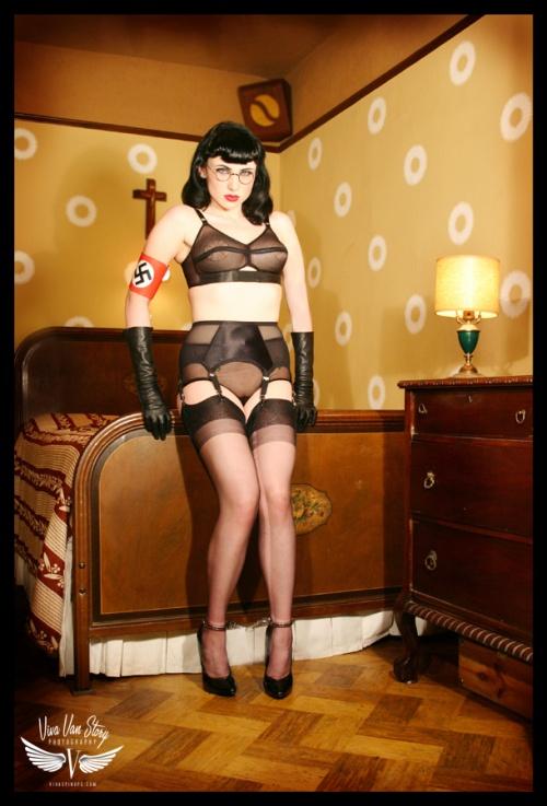 Viva Van Story - фото в стиле . . . (42 фото) (эротика)