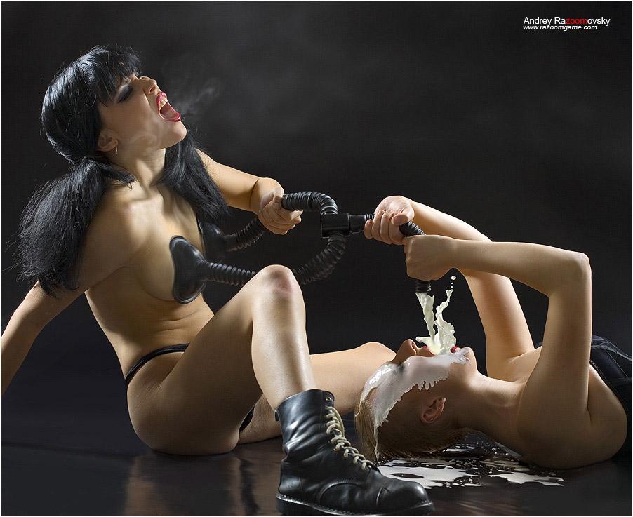 kartinki-s-elementami-erotiki