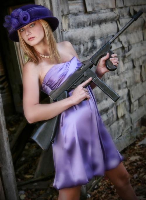 Armed Girls (203 фото) (эротика)