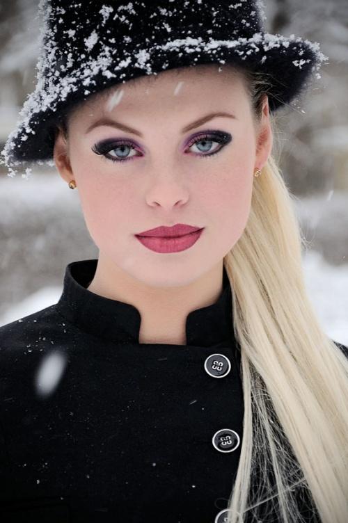 Фото в ... шапкэ :) (377 фото) (эротика)