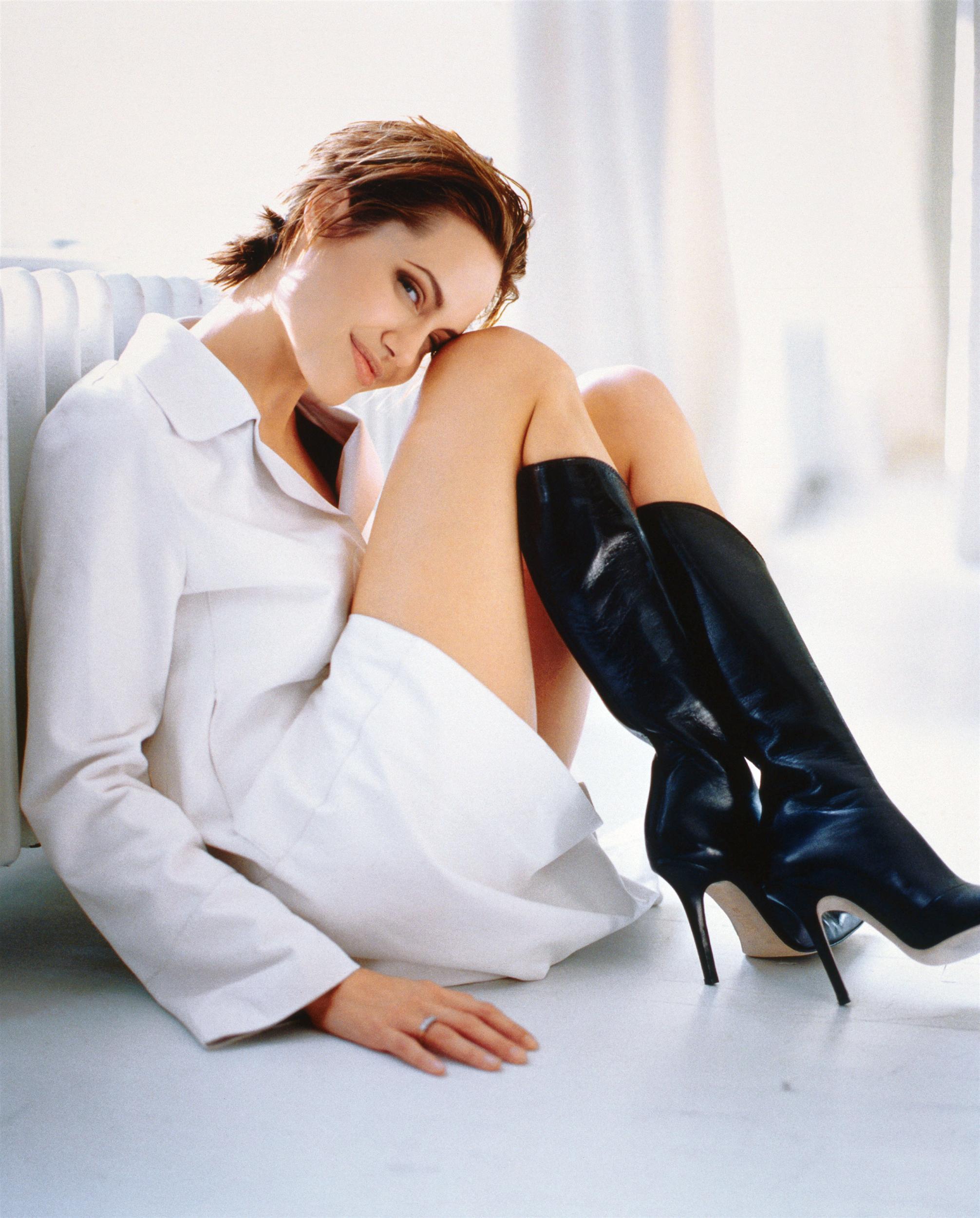 Фото женщин в белых сапогах 15 фотография