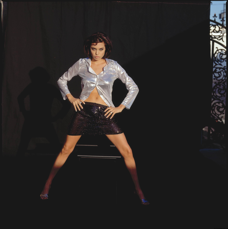 Фото анжелины джоли в мини юбке 30 фотография
