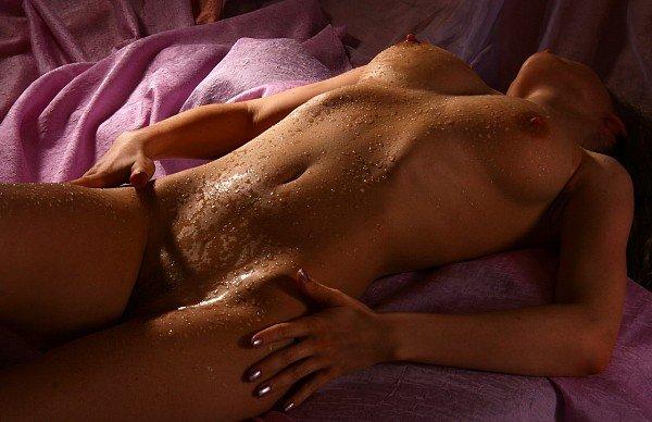 Эротические тела без лиц, порно ролики ретро секс машины