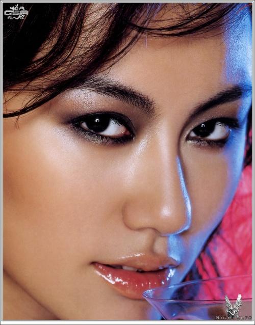 125 Creative Photoworks – Asian Girls (125 фото)