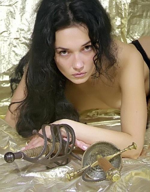 Эротические фотографии в стиле легкое женское ню.