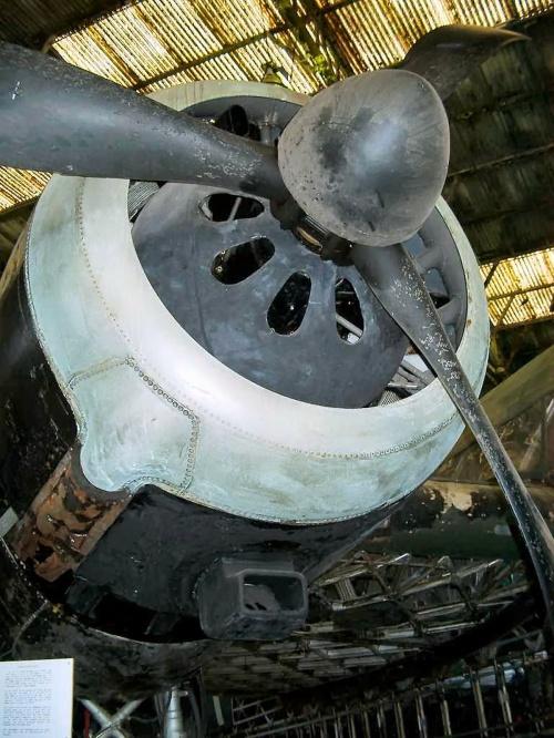 Английский бомбардировщик Vickers Wellington (42 фото)