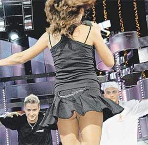 девушки в танцах без трусиков-пу1
