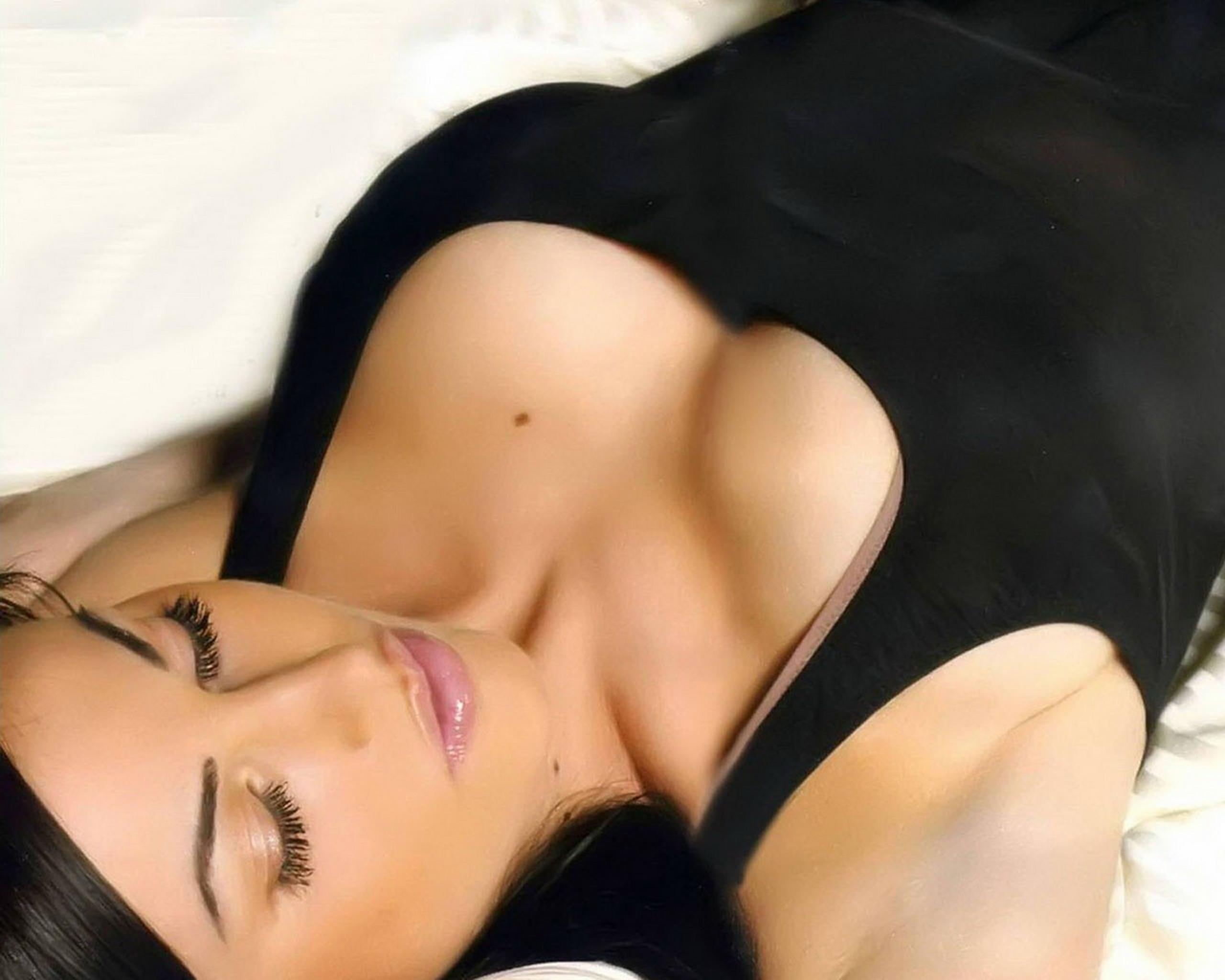 Русское порно с красивой сисястой девочкой 19 фотография