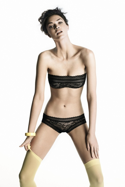 Фото девушек в бикини и нижнем белье (80 фото)