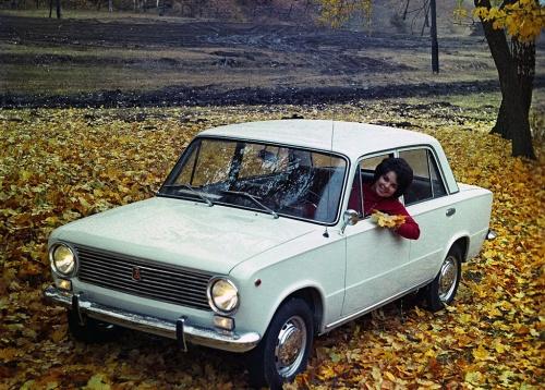 """Набор открыток """"Легковые автомобили СССР"""" (116 открыток)"""