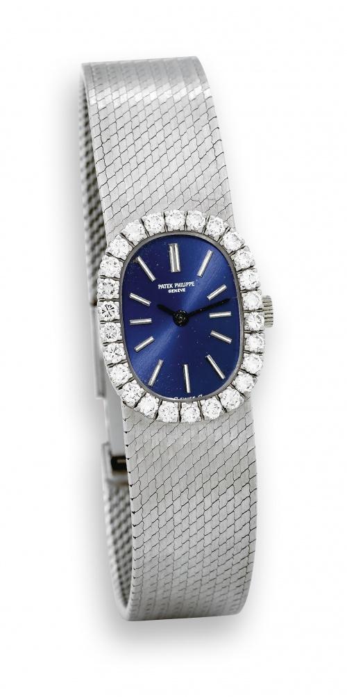 Выбираем женские часы (77 фото)