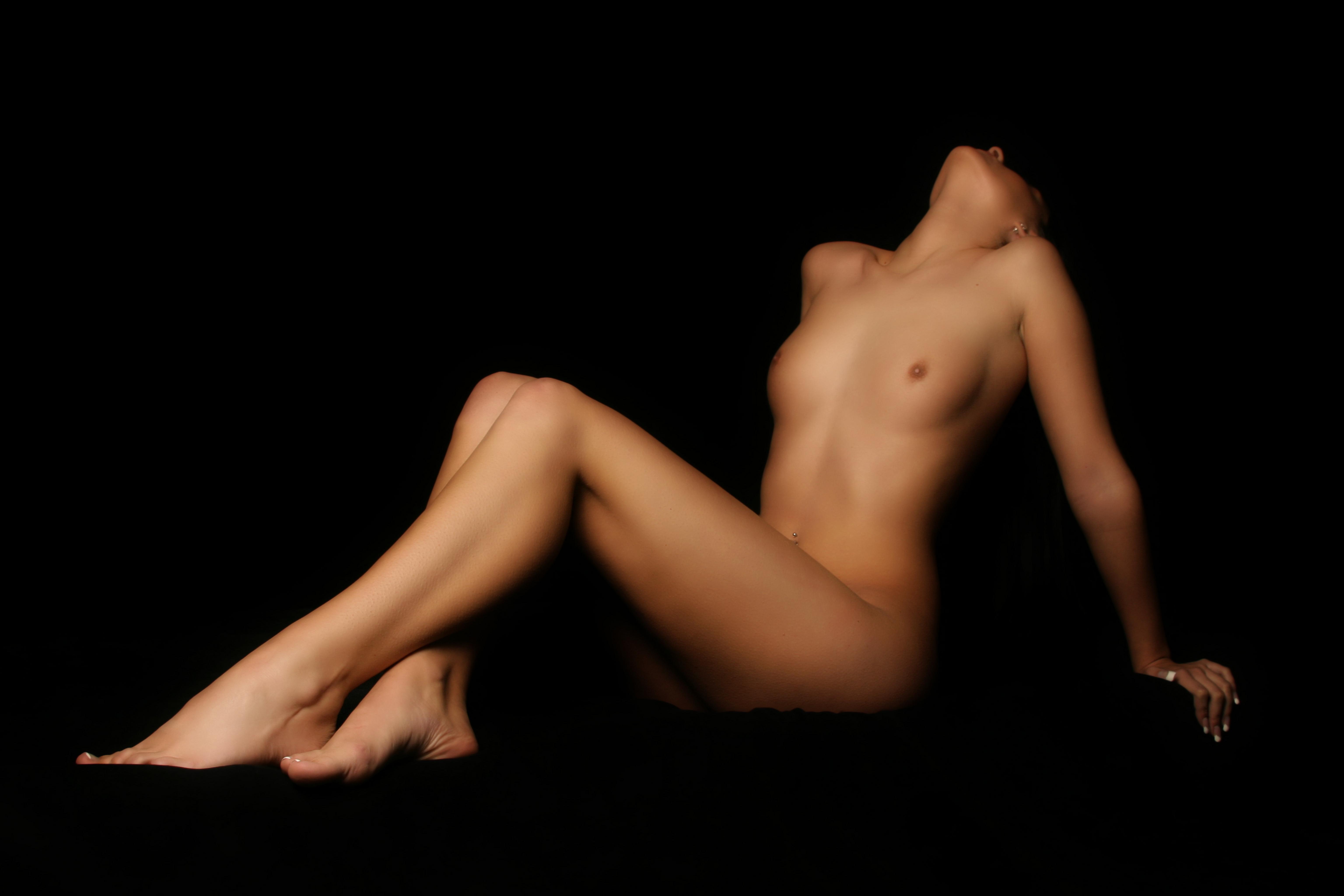 голое красивое женское тело-шж1