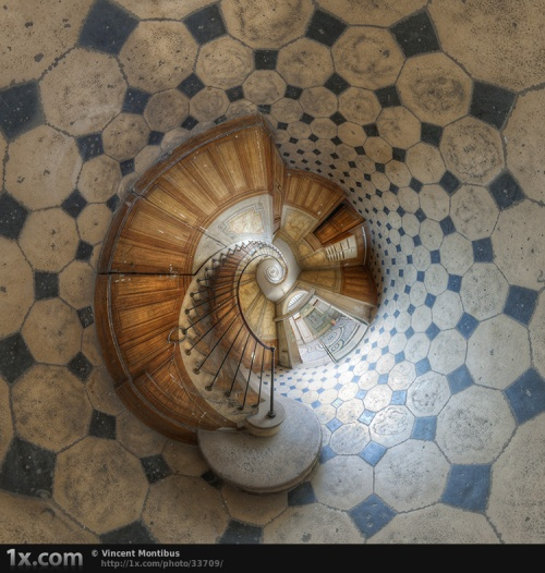 40 most enchanting examples of Staircase Photography (40 фото)
