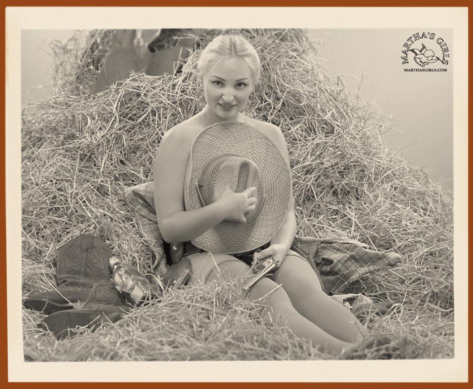 Amatuer blonde nude