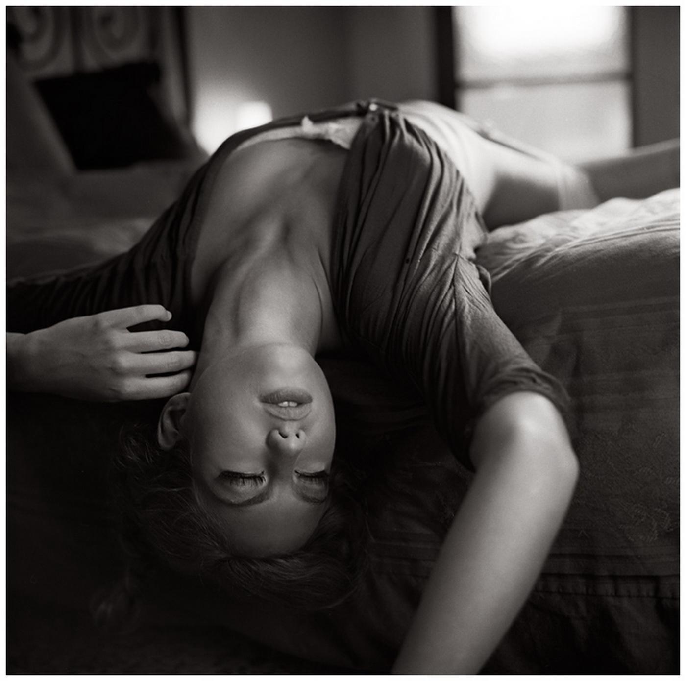 Фото женщин черно белое 20 фотография