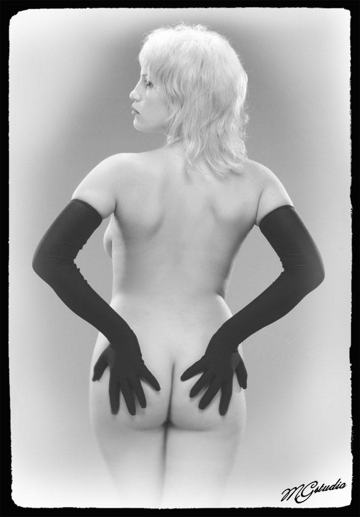 модерн эротика фото-фж1