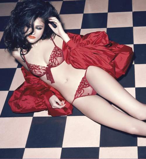 Македонская модель Katarina Ivanovska - Andres Sarda lingerie, Fall/Winter 2009 (16 фото)