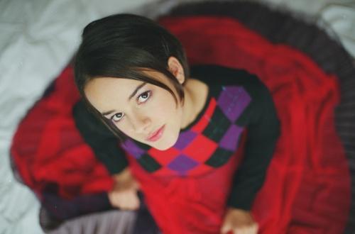Alizee - Philippe Bouley Photoshoot Nov 24, 2000 (25 фото)