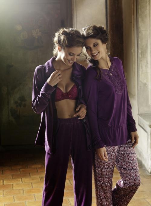 Beldona lingerie Xmas 2010 - Ad Campaign (24 фото) (эротика)