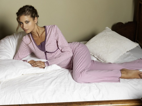 Beldona lingerie Xmas 2010 - Ad Campaign (24 фото)