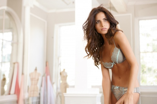 Bianca Balti - Intimissimi Winter 2011 HQ Pictures (35 фото) (эротика)