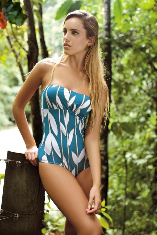 Emilia Claudeville - Saha 2011 Bikini Photoshoot (48 фото)