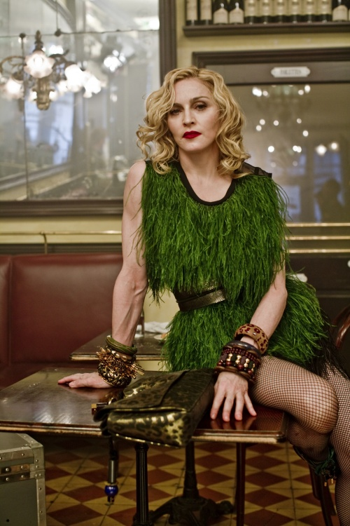 Madonna - Steven Meisel photoshoot for Louis Vuitton 2008-2009 (18 фото)