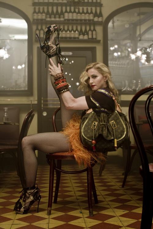 Madonna - Steven Meisel photoshoot for Louis Vuitton 2008-2009 (18 фото)