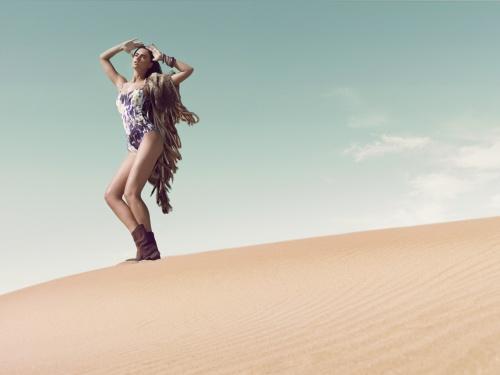 Словацкая модель Zuzana Gregorova – Sarda Cruise 2011 Swimwear Campaign (6 фото)