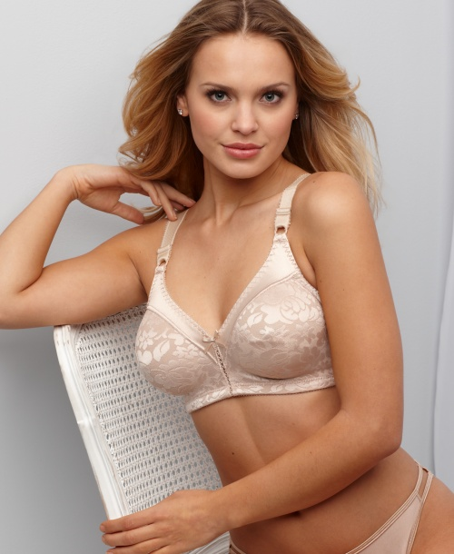 Elisandra Tomacheski - Lingerie Photoshoot for Macy's (45 фото)