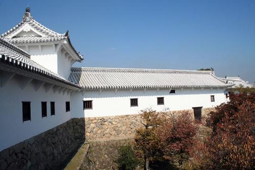 http://cp12.nevsepic.com.ua/79-2/thumbs/1355609378-800px-himeji_castle_no09_028.jpg