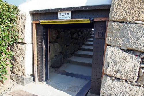 http://cp12.nevsepic.com.ua/79-2/thumbs/1355609391-800px-himeji_castle_no09_071.jpg