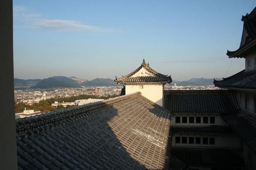 http://cp12.nevsepic.com.ua/79-2/thumbs/1355609392-800px-himeji_castle_no09_150.jpg