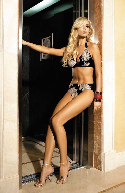 Petra Cubonova - Self Swimwear And Bikini Photoshoot (210 фото)