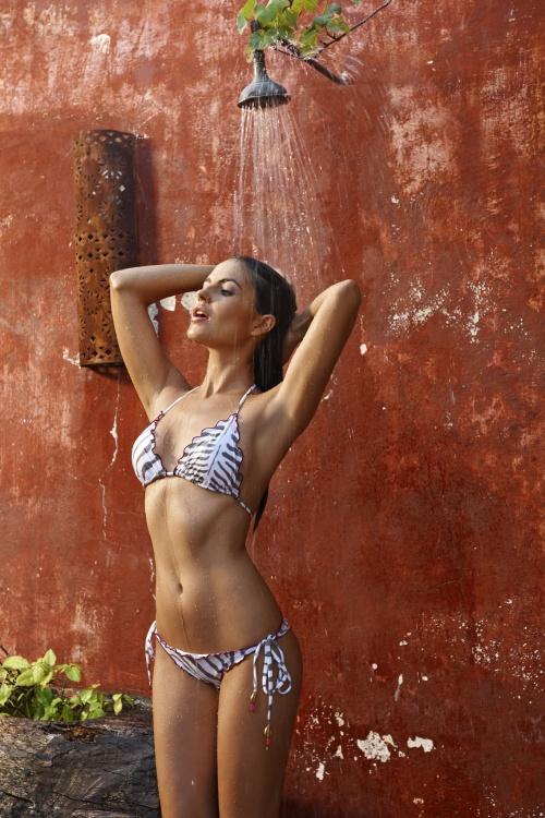 Diana Morales - Pily Q Swimwear Resort 2012 (32 фото) (эротика)