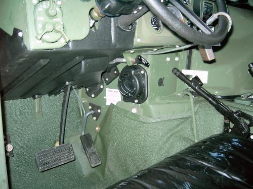 Фотообзор M1151 HMMWV (80 фото)