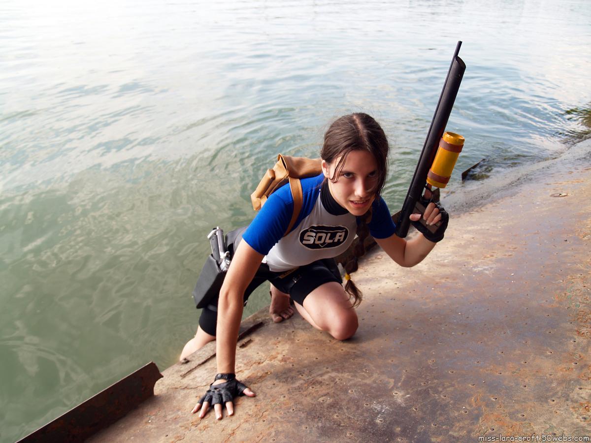 Фото девушки в гидрокостюмах 13 фотография