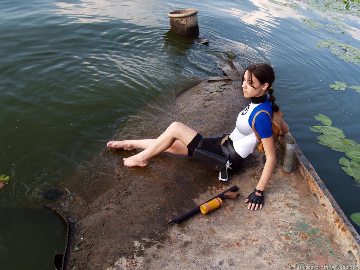 Фото девушки в гидрокостюмах 5 фотография