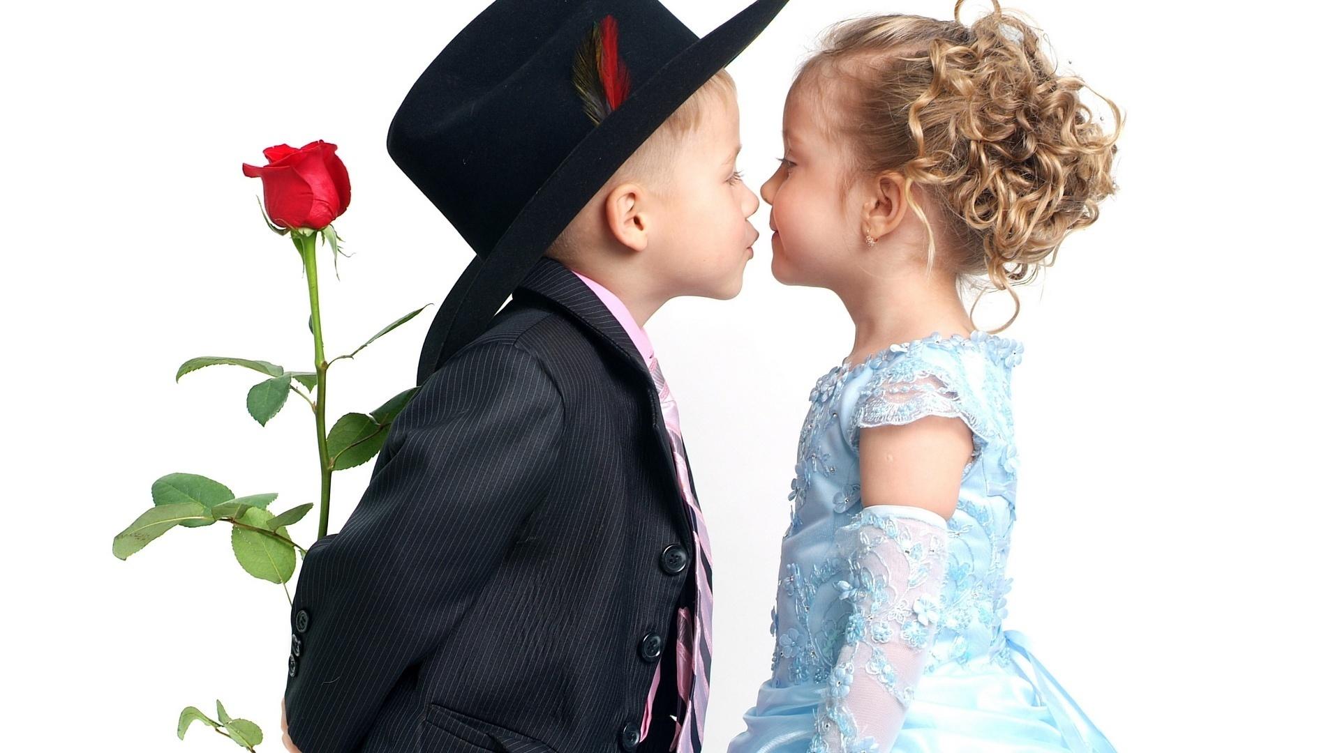 Polygamous_relationships_2jpg
