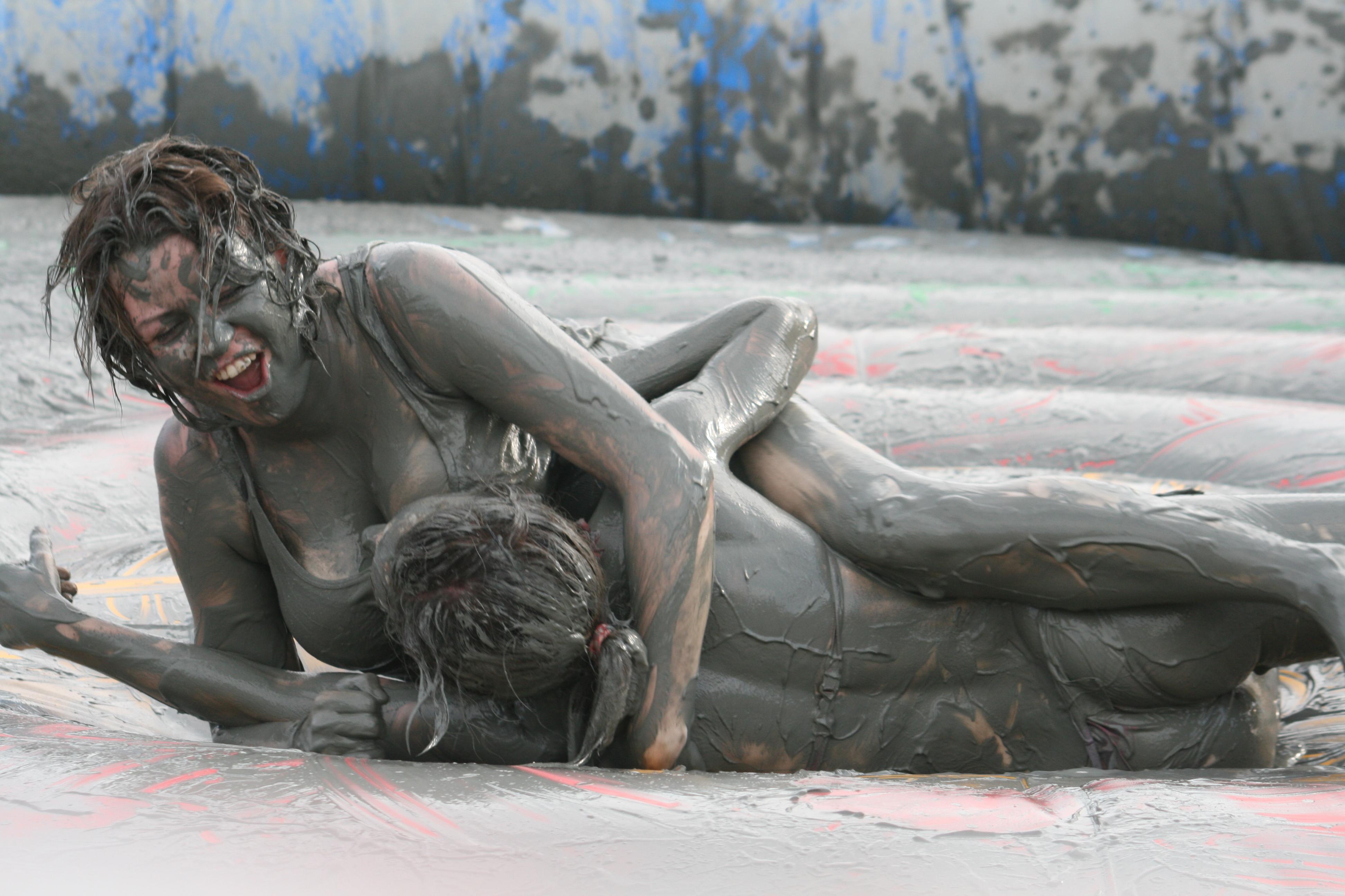 Секс после битвы в грязи 17 фотография